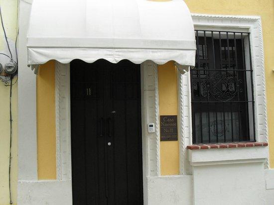 Casa Naemie : entrée de l'hotel