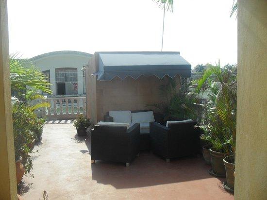 Casa Naemie : petit salon sur la terrasse