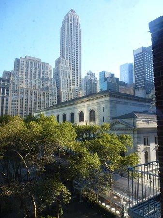 The Bryant Park Hotel : Arrière de la célèbre New York Public Library