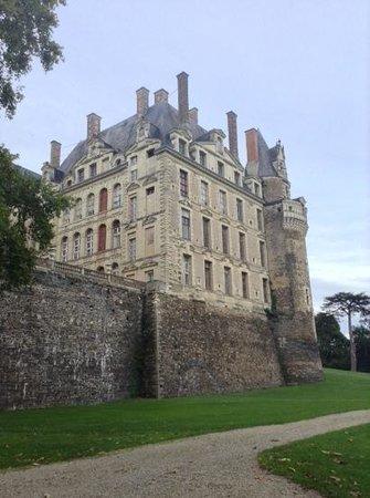 Château de Brissac : Backside of the castle