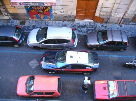 Bed and Breakfast Del Corso: Verkehrssituation in der Nebenstraße