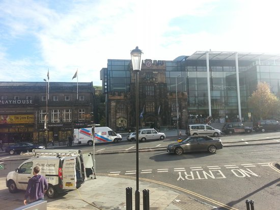 Holiday Inn Express - Edinburgh City Centre : View from hotel steps (playhouse on left)