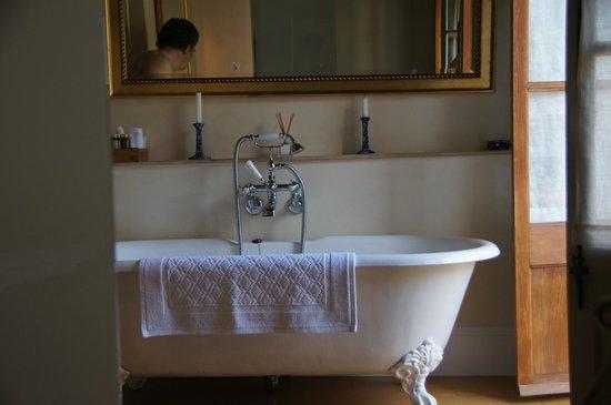 Hotel Salvia: Traditionelles aber modernes Bad