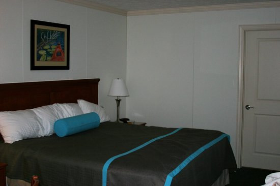 Harbor Lights Resort: Inside the room