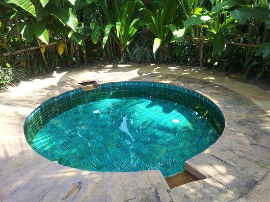 Laluna Hotel and Resort: jacuzzi