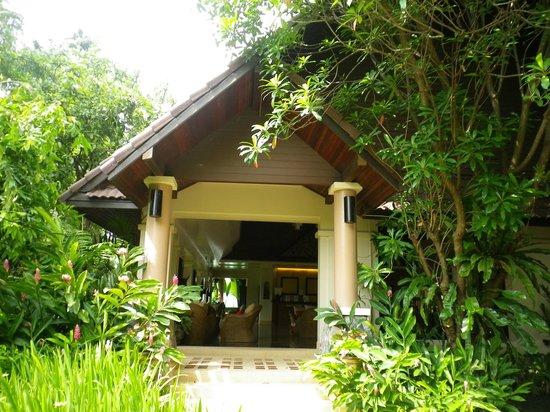 Laluna Hotel and Resort: Recepcion