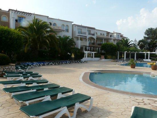 Hotel Luz Bay: Pool Area