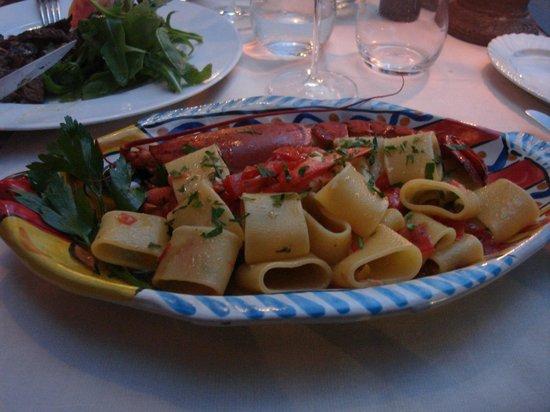 Da Vincenzo: Treat myself to a sea creature. Yummy!