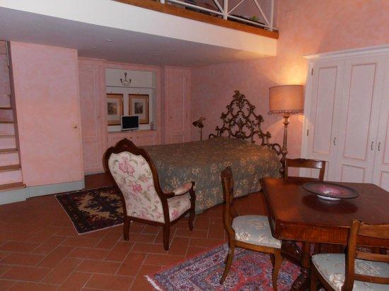 Corte Dei Neri : Our Room