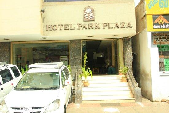 Hotel Park Plaza: Devanture Park PLaza