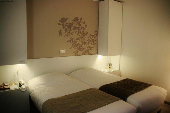 Hotel Brady Gare de L'Est: notre chambre double