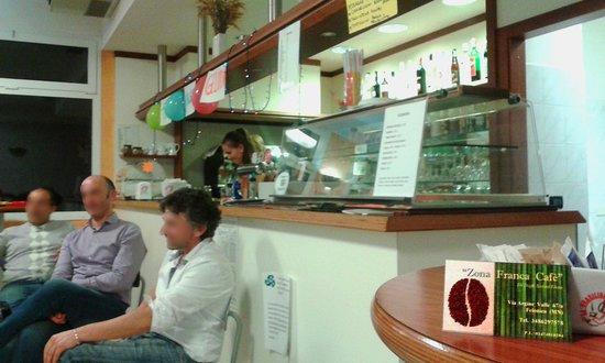 Zona Franca Cafe