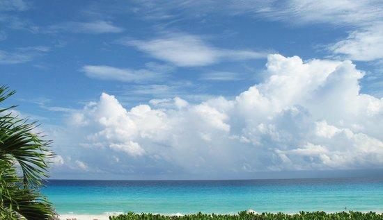 ME Cancun: la playa