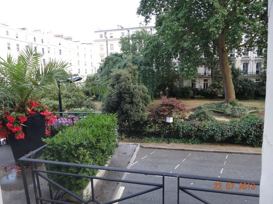 Umi London: вид из окна