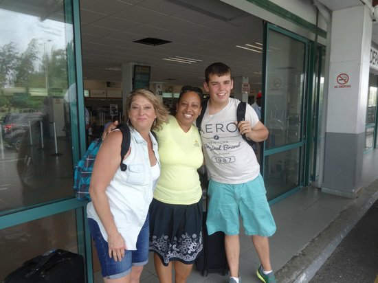 More Than A Cab Tours : Saying goodbye to Vicky at the airport