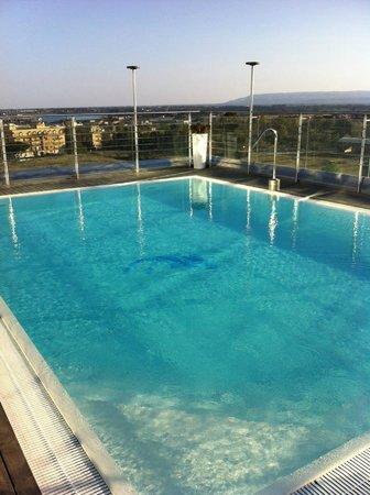 Hotel Mercure Siracusa Prometeo: Piscina sulla terrazza