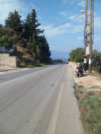 Louis Zante Beach : Empty roads if you like it like that