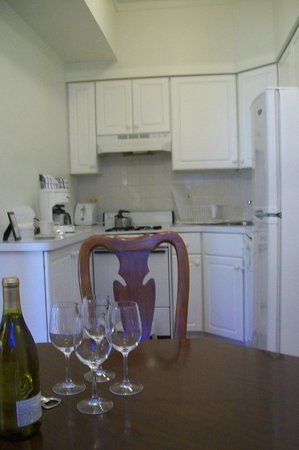 The Homestead: Kitchen area of suite 401