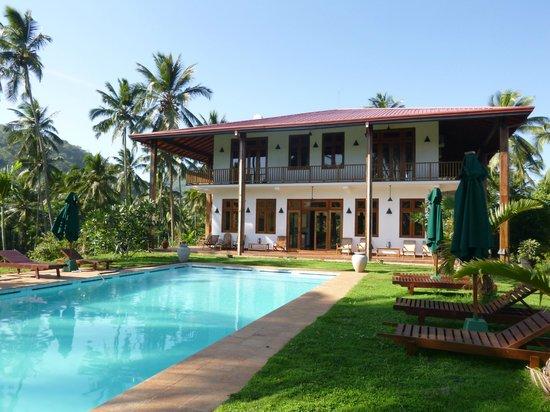 Jim's Farm Villas: View of the villa and pool