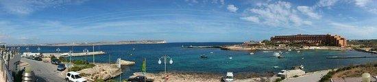 The Riviera Resort & Spa: VISTAS DESDE LA PISCINA