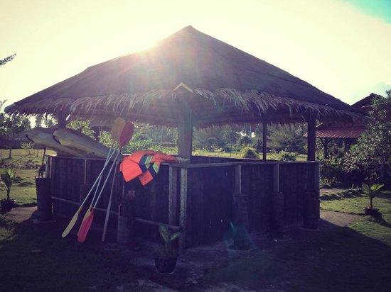 Putri Pandan Resort : The kayak shack