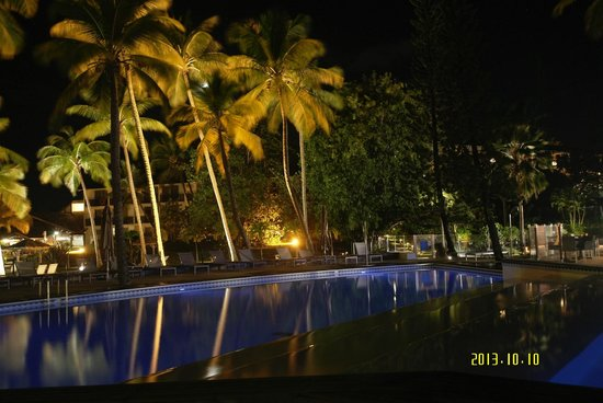 La Creole Beach Hotel: Piscines