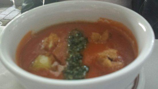 Restoran Lipa: Tomato soup with fried mozzarela and pesto