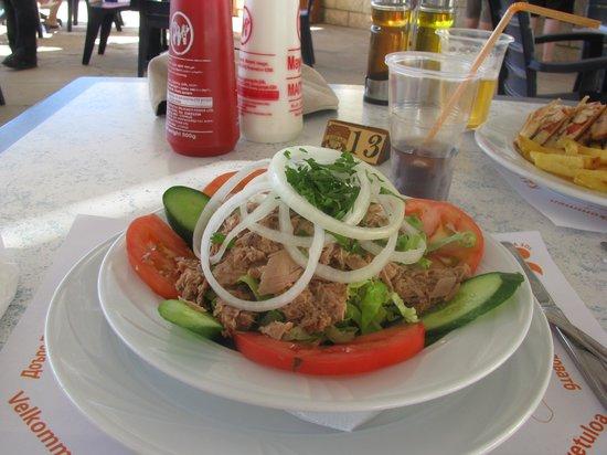 Eleni Holiday Village : LUNCH at Pool Bar