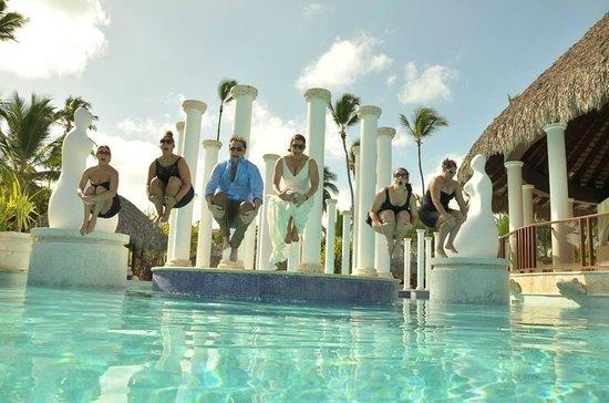 Paradisus Palma Real Golf & Spa Resort: Trashing the dress