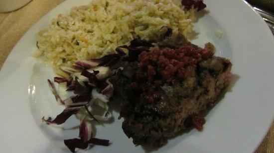 Mister Angus: riso e polpetta di carne