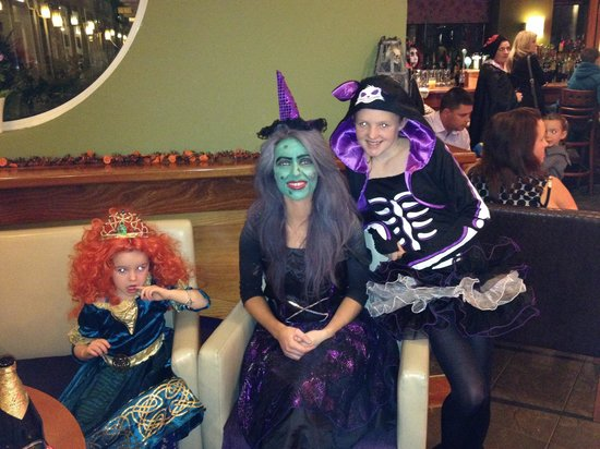 Gleneagle Hotel : Halloween party