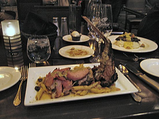 The Galaxy Restaurant : Last veal cutlet saltimbocca of the day