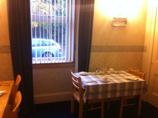 Morlea B&B: breakfast room