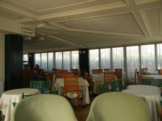 Hotel Palladium Palace: Dinning area