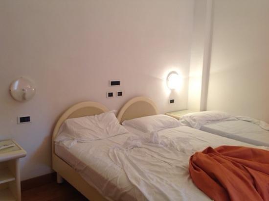 Hotel Moderno Chianciano: letti