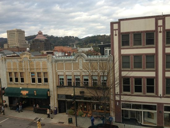 Aloft Asheville Downtown : View from room - Barley's across the street