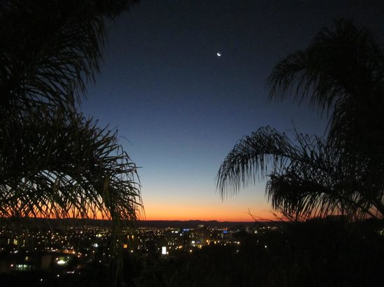 Hotel Heinitzburg: Night View from Terrace