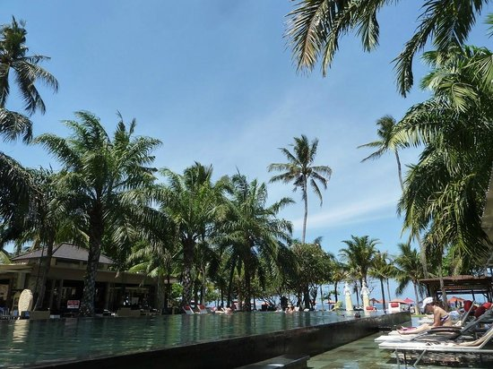 Segara Village Hotel: Großer Pool