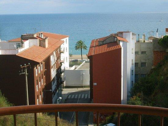Apartamentos AR Muntanya Mar: vu de la salle de séjour qui ouvre sur la terrasse