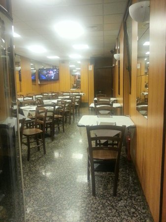 Pizzeria da Adriano: Sala