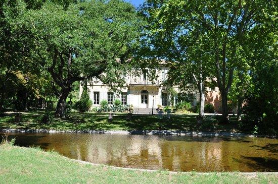 Chateau Juvenal: parc et chateau