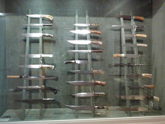 Historic Arkansas Museum: Bowie Knife Exhibit