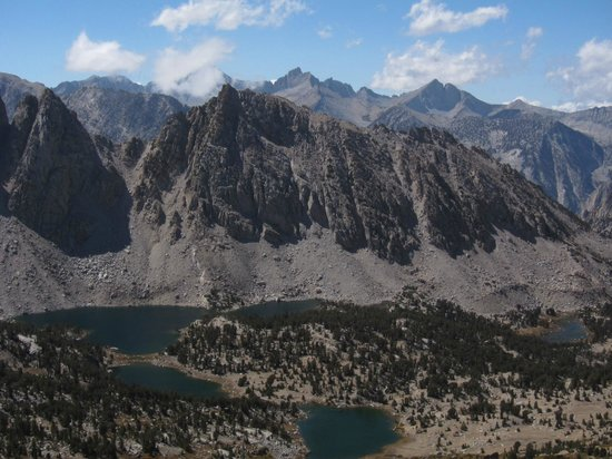Mt. Williamson Motel: View to the west from Kearsarge Pass