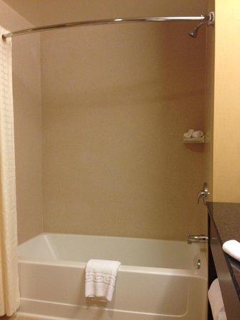 Kickapoo Lucky Eagle Hotel: shower