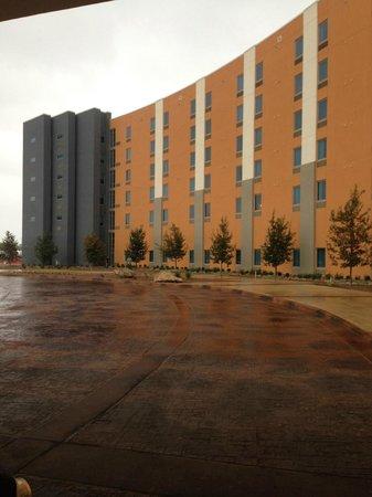 Kickapoo Lucky Eagle Hotel: Front hotel