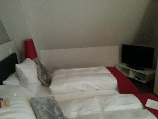 Gut Landscheid Hotel & Restaurant: Bedroom