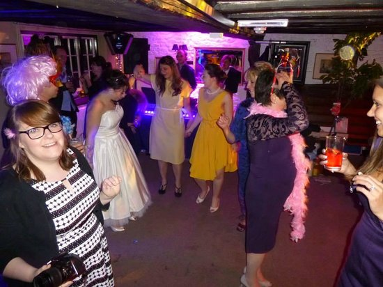 Home Sweet Home : dancefloor! Great party!