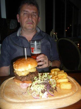 Fairfield House Hotel: Burger time