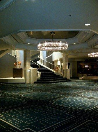 Four Seasons Hotel Houston: Main lobby