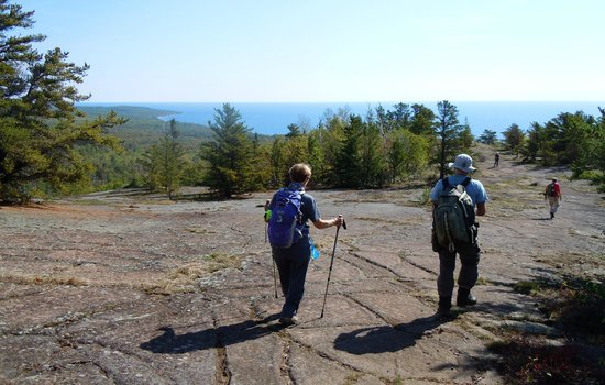 Pincushion Mountain Trail System : Heading for the overlook